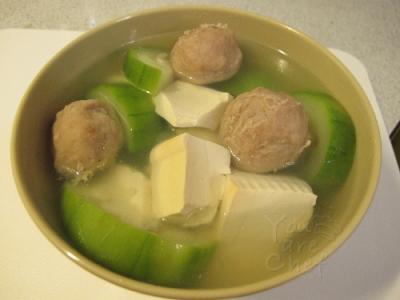 勝瓜肉丸豆腐湯